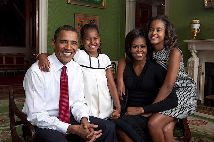 Obama family Leibovitz.jpg