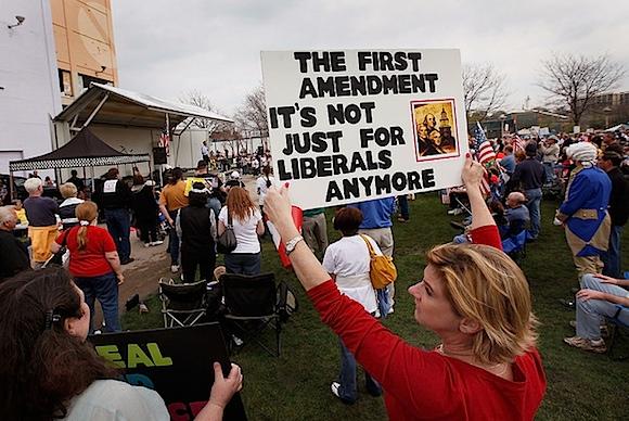 Tea Party Express Illinois.jpg