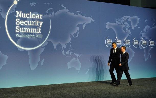 Obama Medvedev summit.jpg
