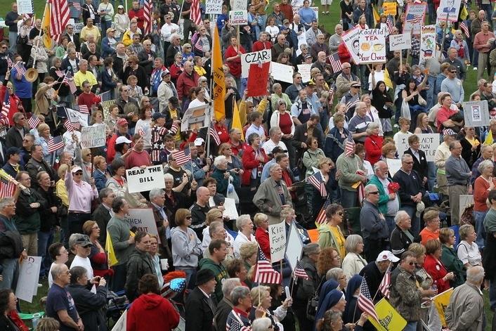 Tea Party Crowd.jpg