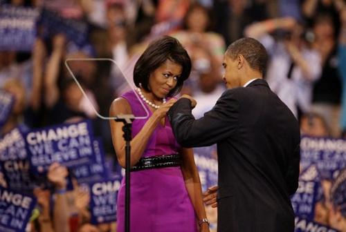 Barack-Michelle-Fist-Bump