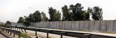 Iraq-Wall1-3